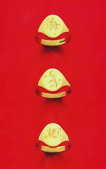 Signet Rings Initial Styles